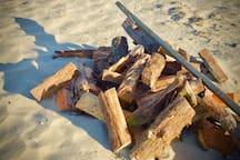 Inn the Doghouse: BeachHouseRoom near Dogfish Head