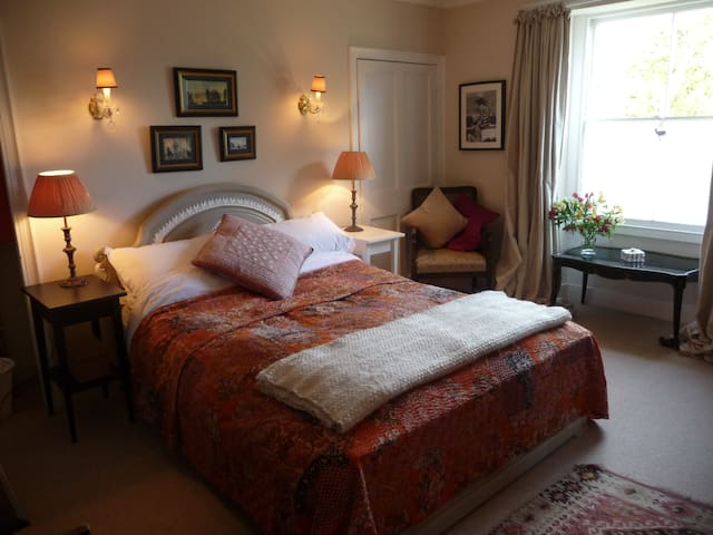 Cosy Room in Pretty Cottage - Combe Down - House