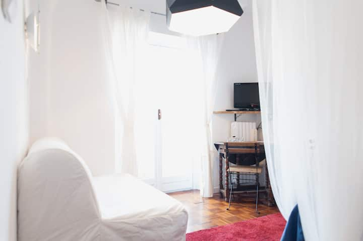 AlMa Room