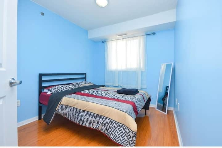 1-Beautiful Private Room in Scarborough