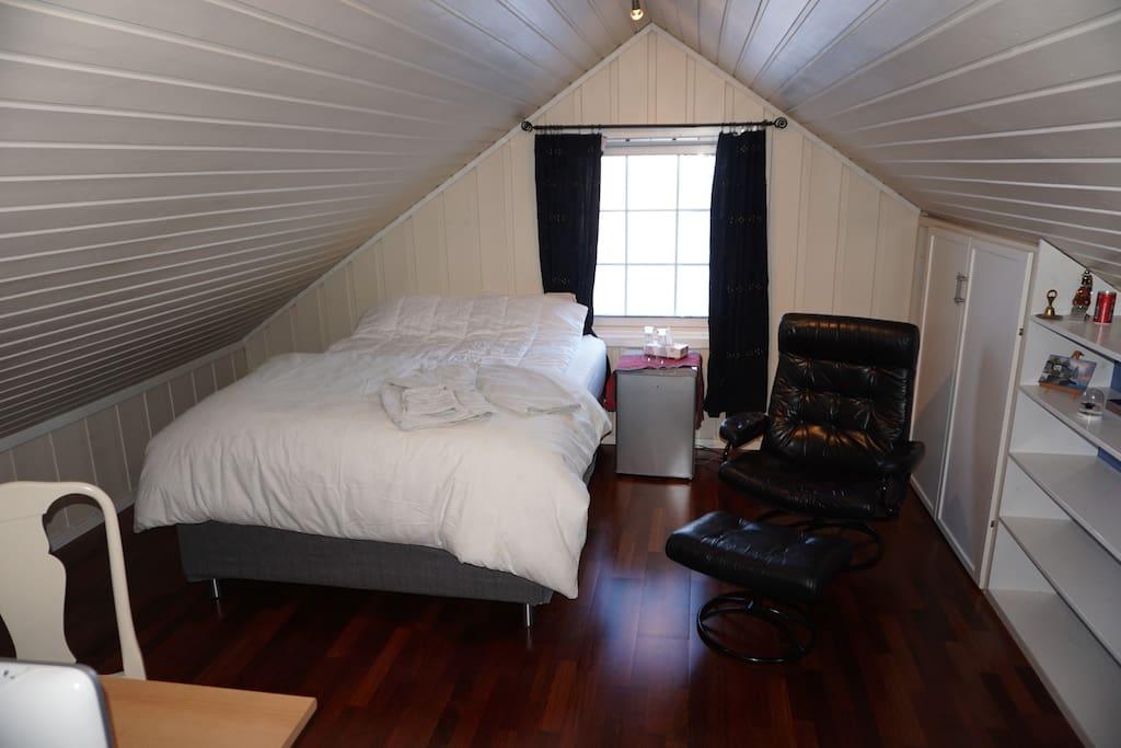 Bedroom Bed size 150x200 cm