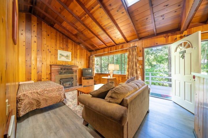 Madline - Cabin Masoods Lodge Boulder Creek, CA