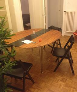 Cool apartment in the center of the