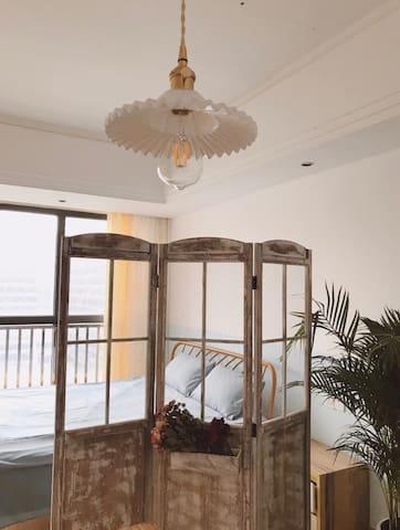 早安晚安民宿-红谷滩新区万达楼上,世味余年可做饭温馨小居。