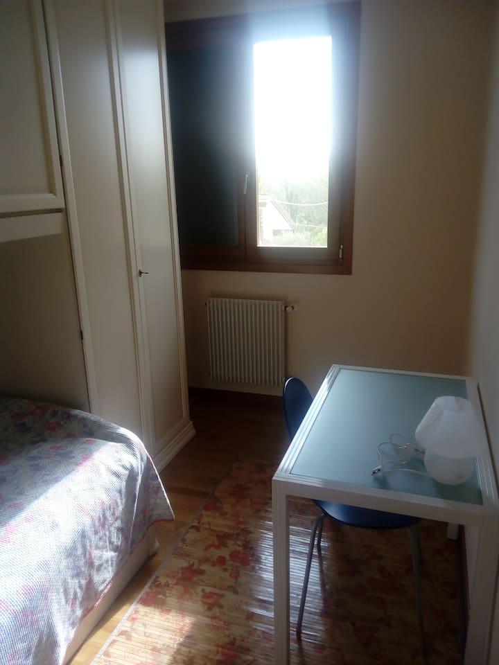 Stanza + bagno privato-Central Private room+ bath