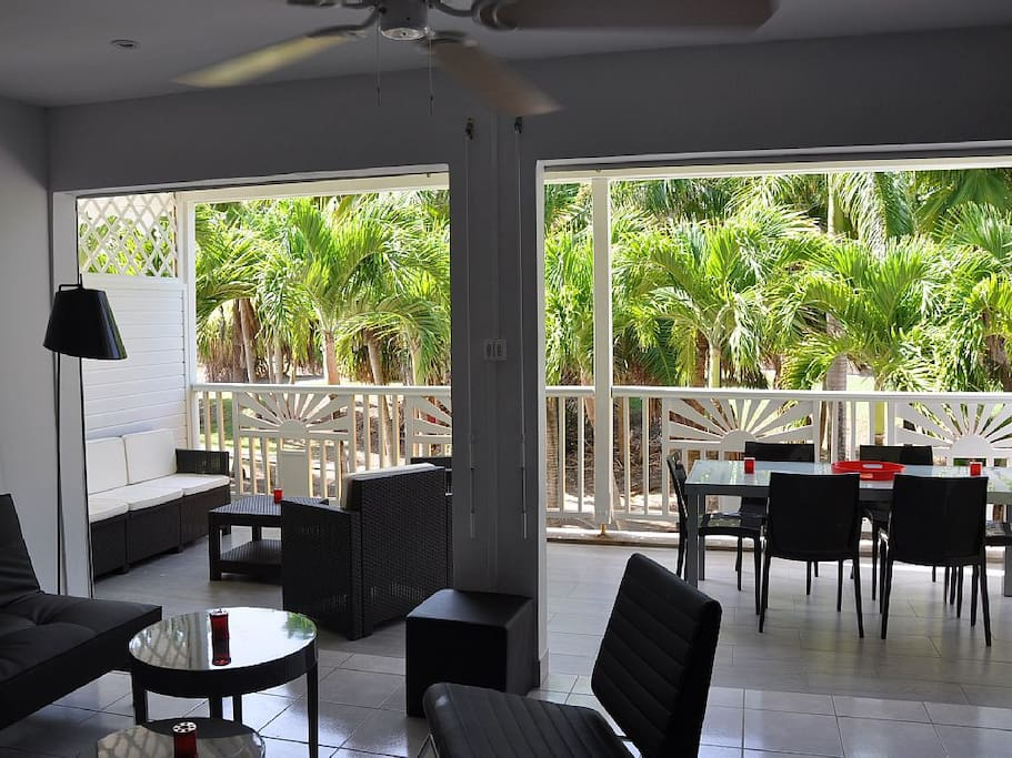 St fran ois 8 pers plage piscine apartments for rent in - Piscine saint francois nice ...