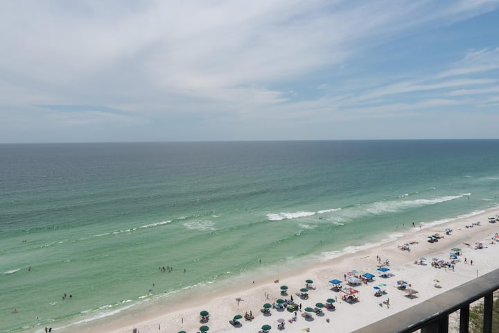 Come stay at this great condo and have the vacation you have worked so hard for!