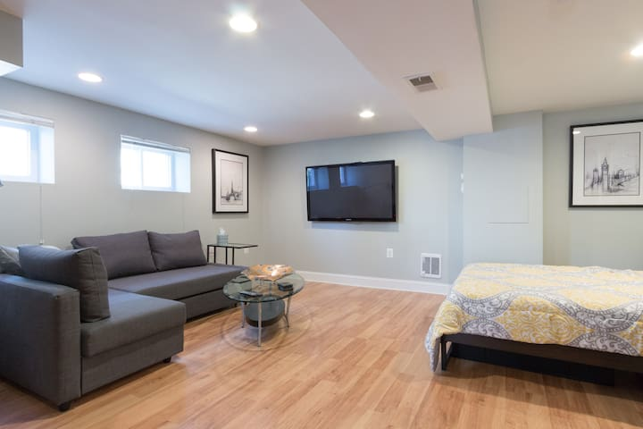 DC Living!  Newly Renovated Apartment in Petworth - Washington - Apartamento