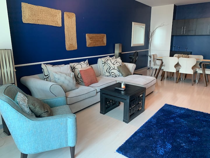 2BR luxury flat next to City Center Mall (08)