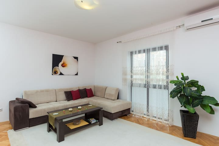 Amira Apartments Trebinje 2 - Trebinje - Appartement