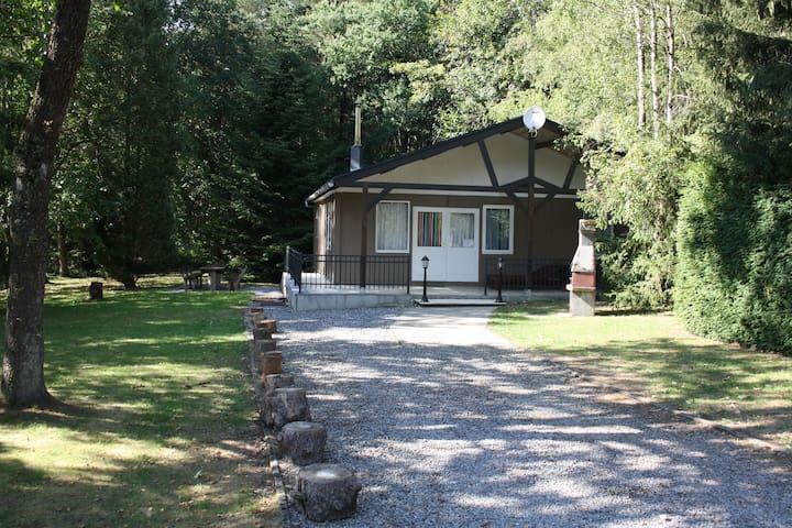 Chalet nabij Hotton / Durbuy/ La Roche  (6 p)