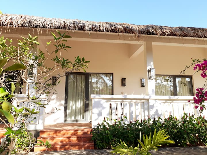 Allezboo Homestay with Queen room-Near Beach Front
