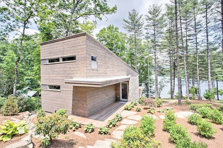 'The Dock House' Family Retreat on Lake Glenville!
