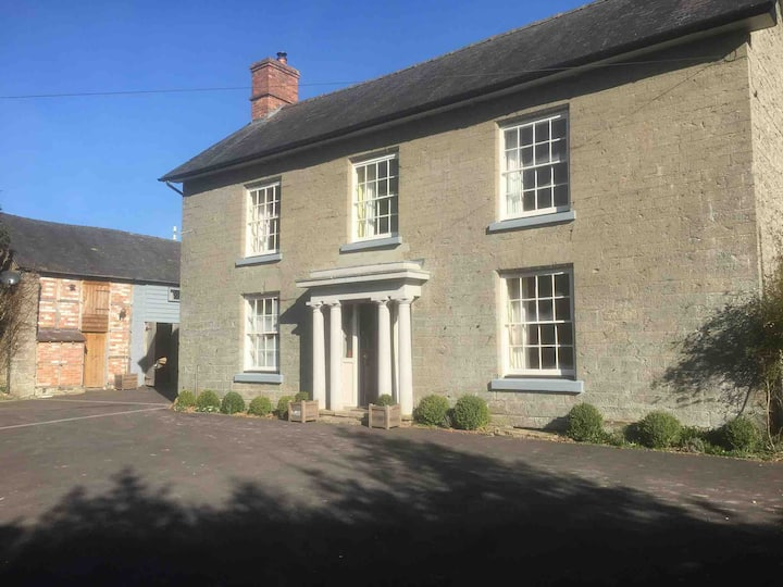 Spacious listed farmhouse ideal for family groups.