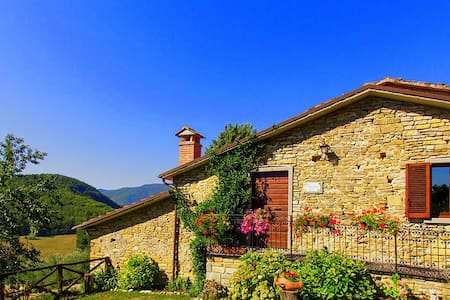 Beautiful Villa For Couples Tuscany - Caprese Michelangelo - Casa de camp