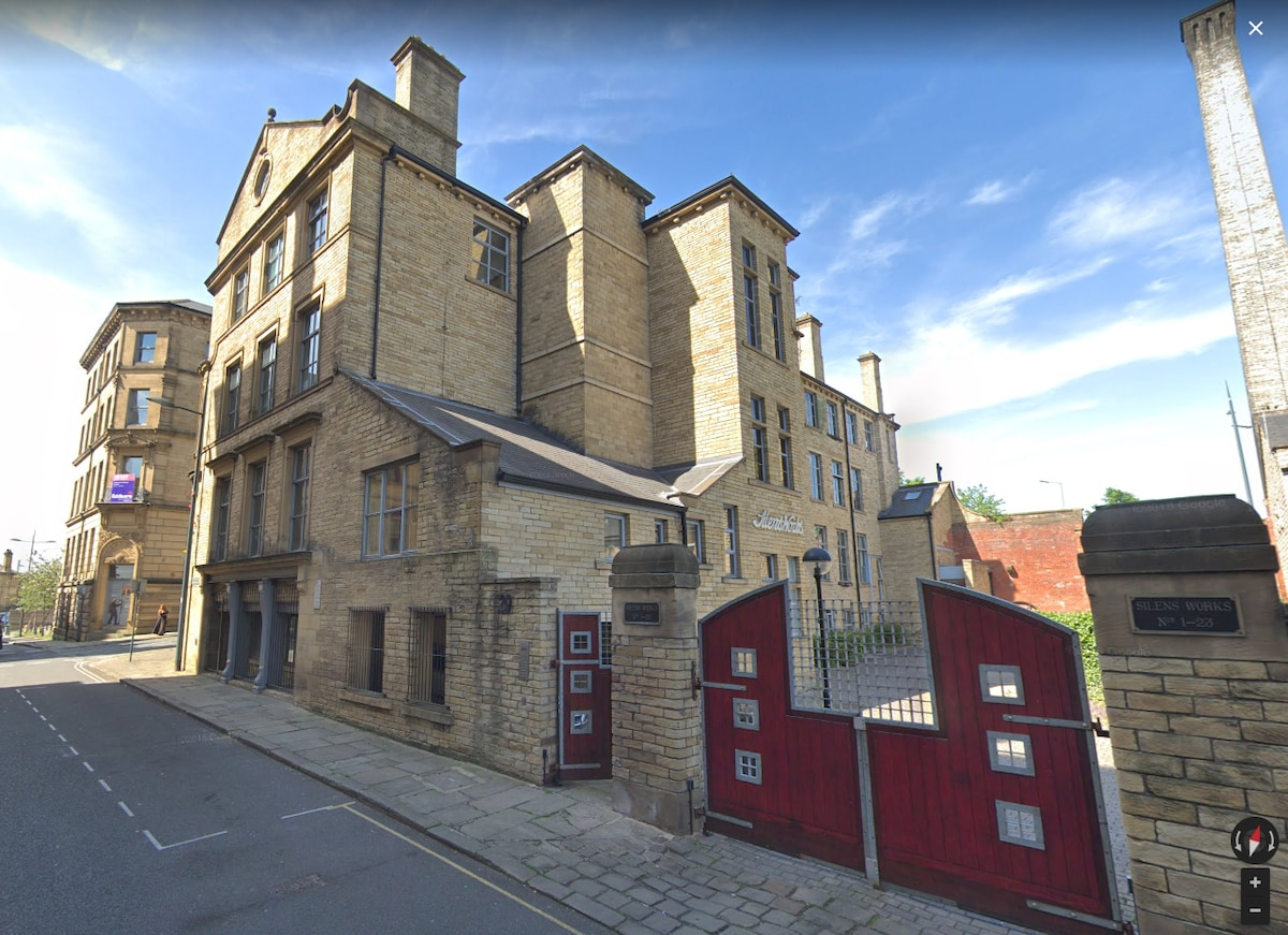 Used Leather Indian style flats for sale in Bradford West