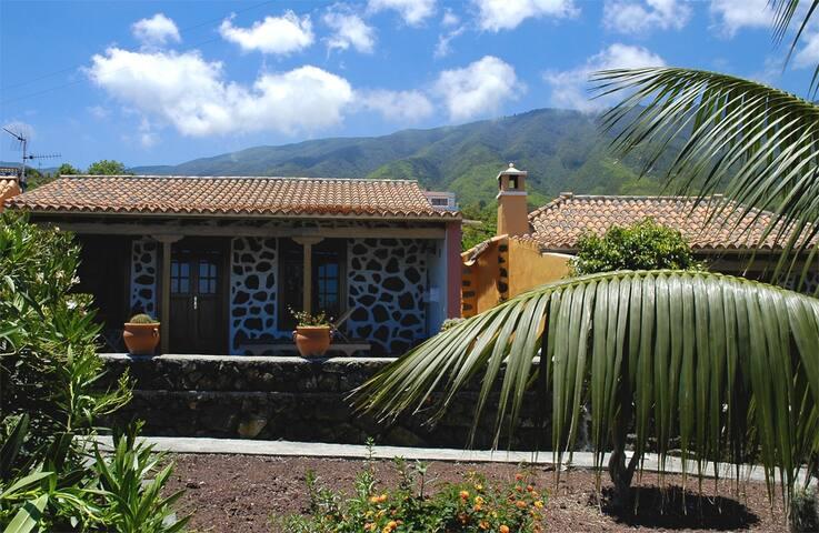 Holiday Home in Breña Alta (LP1022) - Breña Alta - Talo