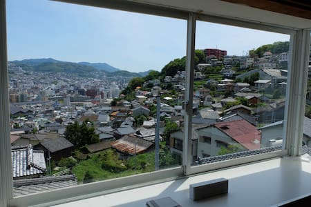 Please enjoy the superb view of the elevation 100M - Nagasaki-shi