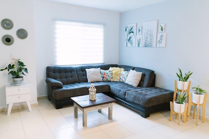 Hermosa Casa Familiar en Zona Residencial