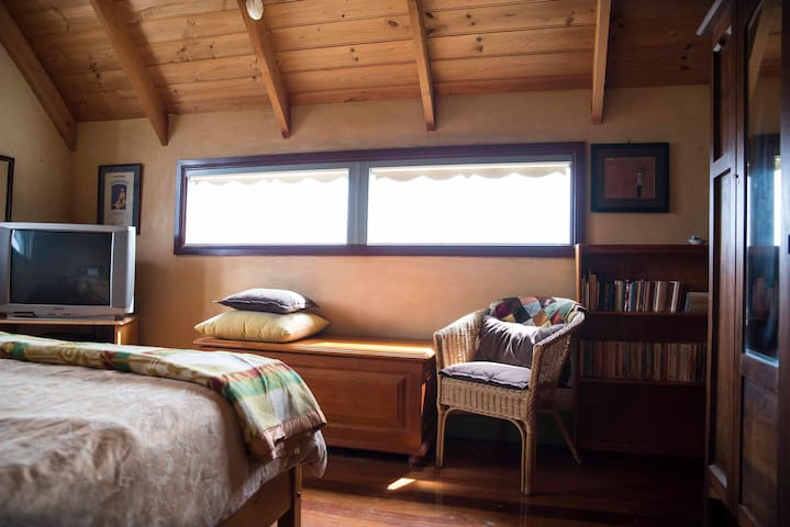 Bedroom 3 Mezzanine