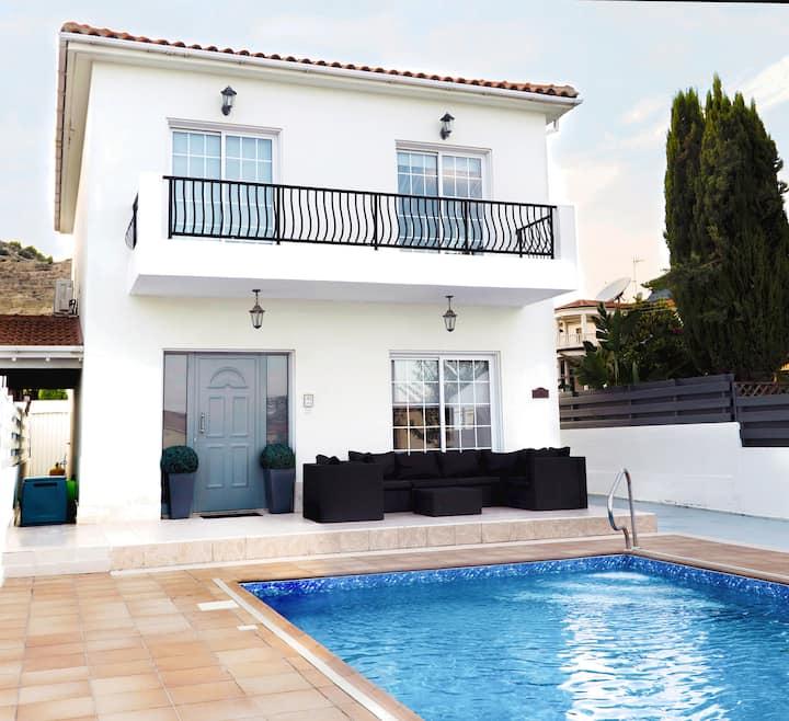 Orokinli Hills 3 Bedroom Luxury Villa