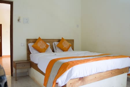 Rooms near the beach in Calangute - Arpora
