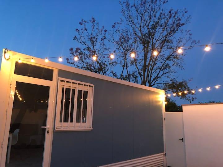 Coqueta casita con patio propio,zona muy tranquila
