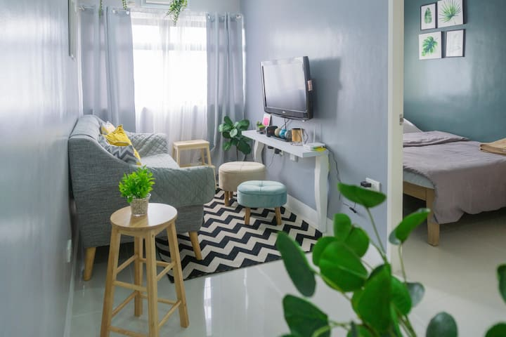 ★ Clean & Cozy 1BR Condo Unit in the City + WIFI ★