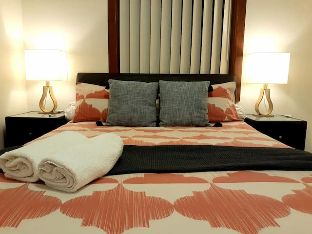 Private Deluxe Room in Eastgardens