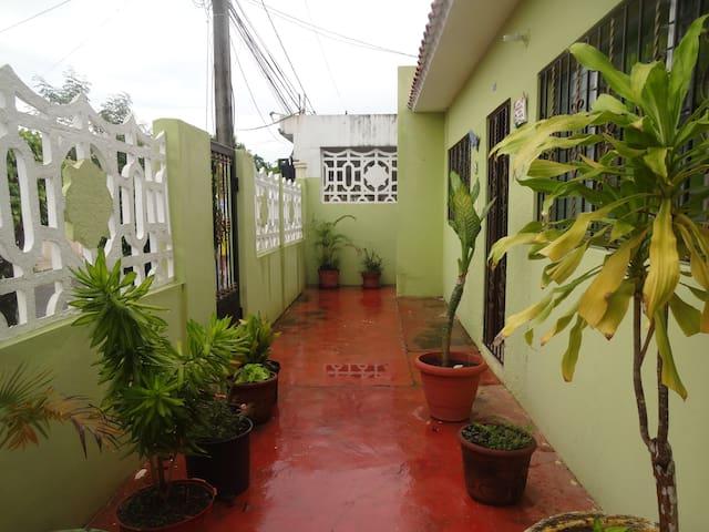 Residential Comfy House - Santo Domingo Este - Hus