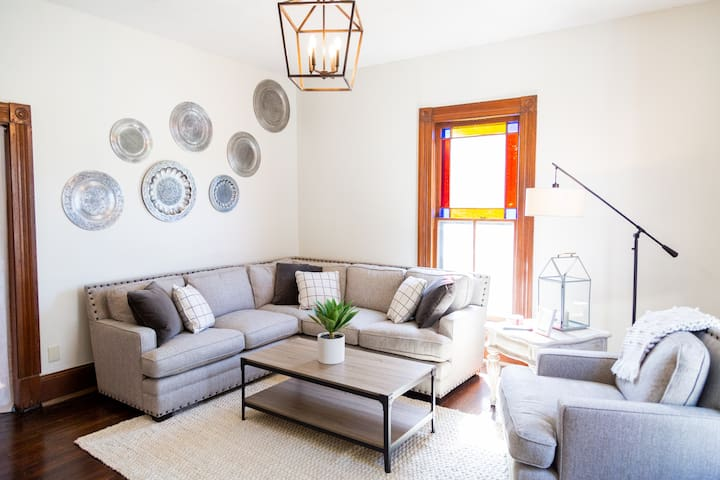 ♕  Luxury Living in Historic Downtown Knoxville