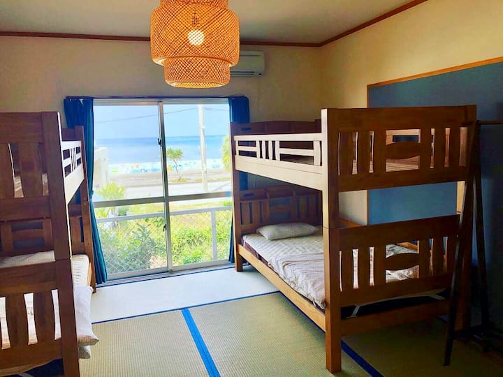 No cleaning charge☆Ocean View Quad Room