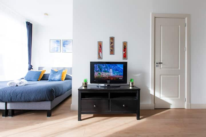 2BDR Great stay @Amsterdam Centre * Walk anywhere*