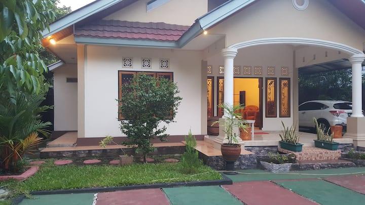 Manado Mapanget Homestay