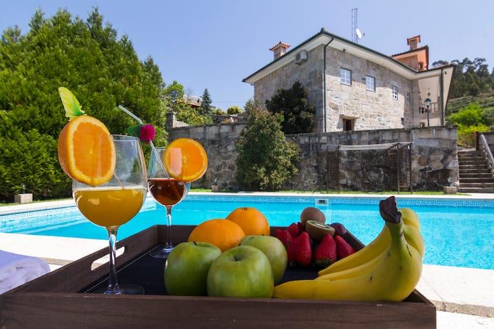 Luxury Douro XVIII century property, with pool
