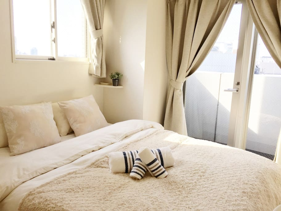 Double Bed 双人床