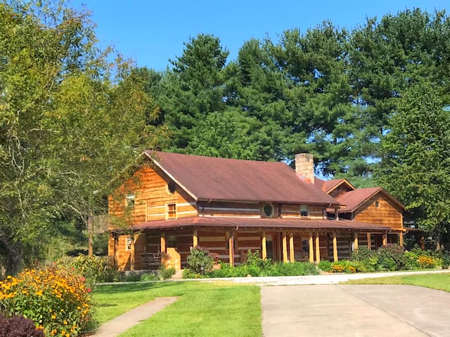 Elegant, Artsy, Eclectic Historic Log Treasure
