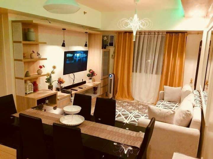 Cozy Tagaytay Staycation Condo Unit