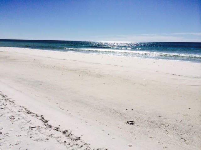 30A condo w/hot tub, pool, balcony! - Seacrest Beach - Flat