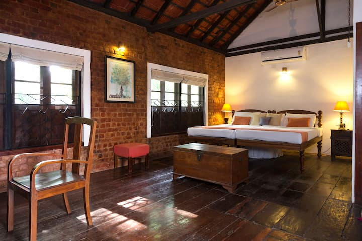 As'ad Suite - Niyati Boutique Stay