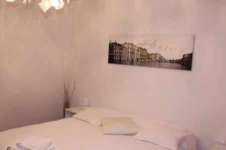 airportvenicediego1 - Venezia - Bed & Breakfast