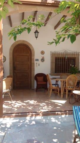 Casa con piscina en zona Calablanca (Javea) - Xàbia - Alpstuga