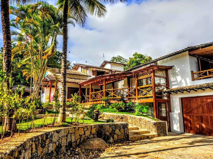 Palacete na Paradisíaca Ilhabela