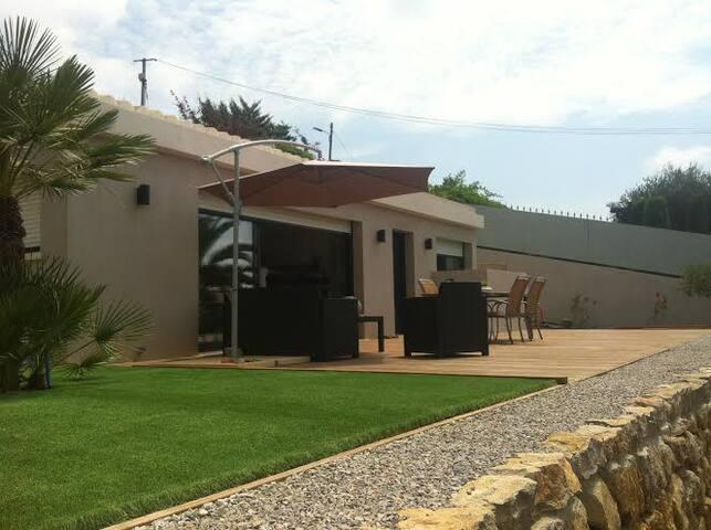 Villa individuelle cosy et vue mer - Le Cannet - House
