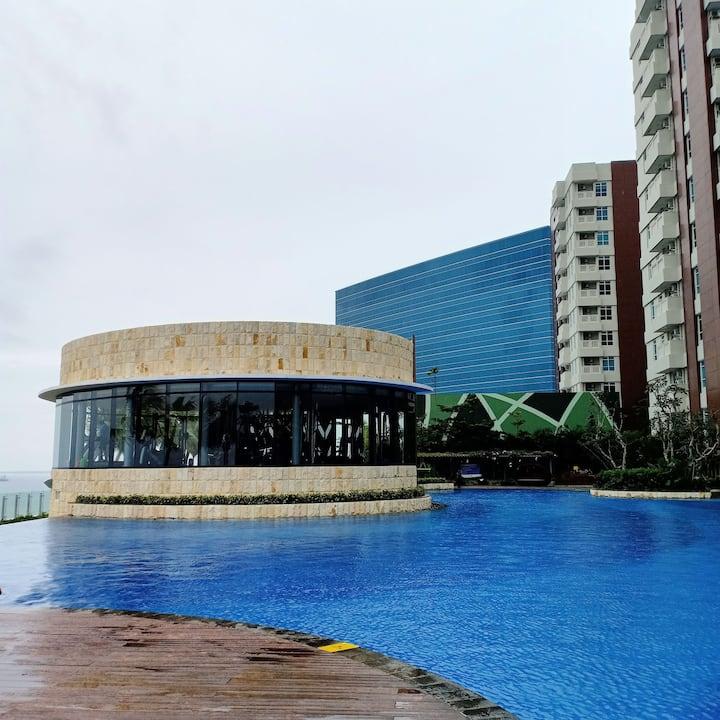 Apartemen Borneo Bay 2BR , Lantai 11 View Kolam