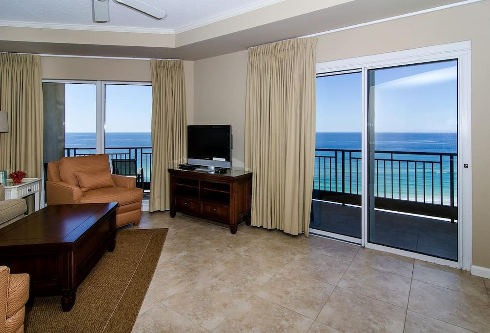 Gorgeous Gulf View and Balcon