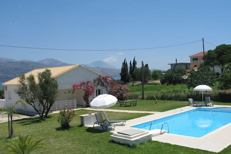 Villa Emma with large 5m x 10m private pool - Kefallonia