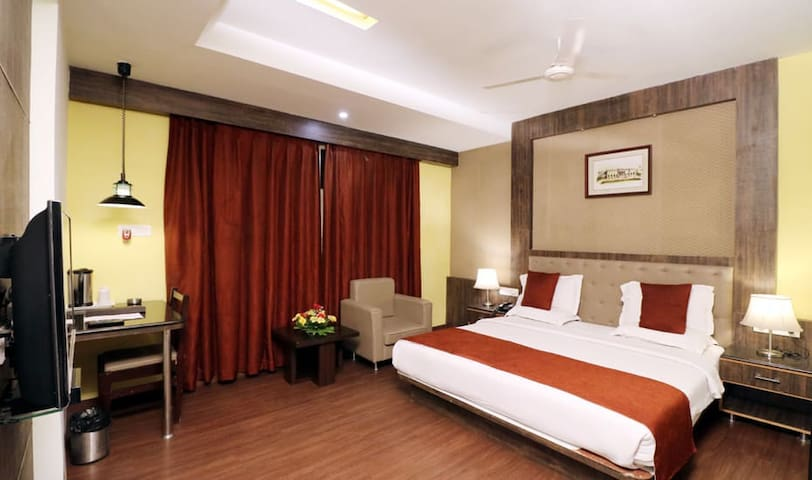 Stay At Superior Room At Hotel Myriad