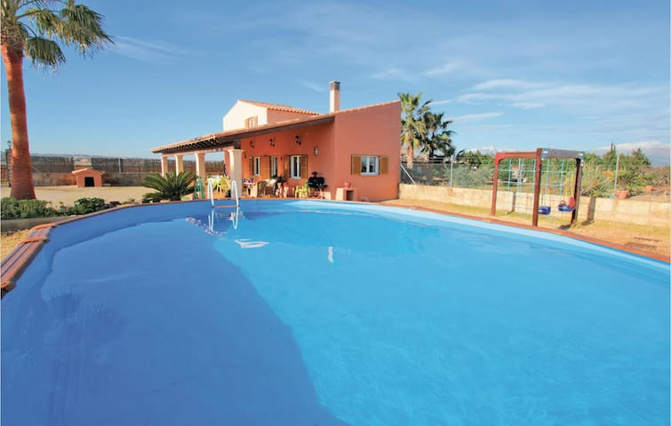 Holiday cottage with 2 bedrooms on 90m² in Muro