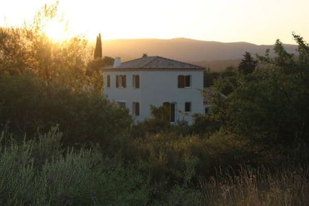 Chambre au calme dans maison avec piscine - Sainte-Croix-de-Quintillargues
